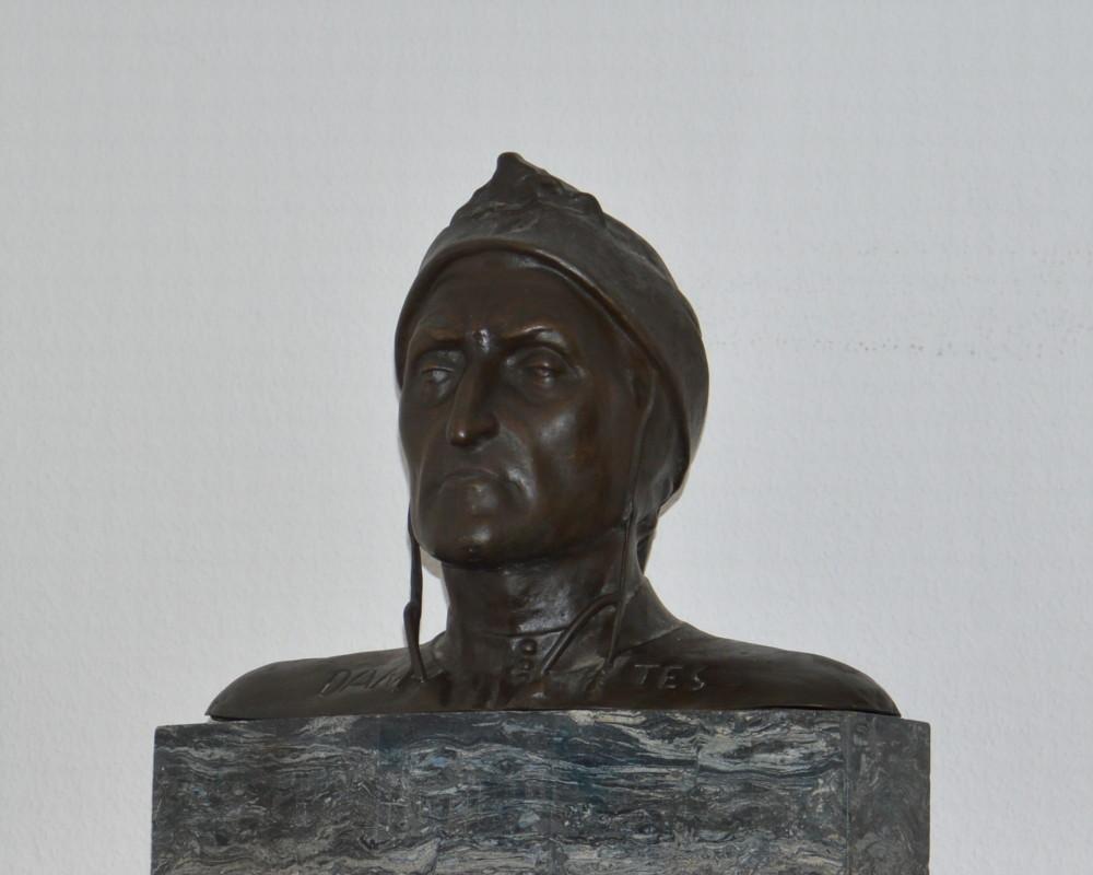 Busto Dante